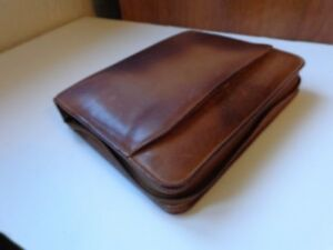 Design a day Tan Full Grain Leather Zip Up Planner Organizer Franklin Covey 8x10
