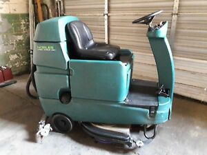 32 Nobles Riding Scrubber Speed Scrub Rider 4167 Hours Good Trojans