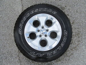 5 Used 18 Inch Jeep Wrangler Oem Wheels And 5 Used Bridgestone Tires