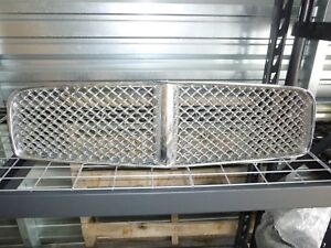 2006 10 Dodge Charger Grille