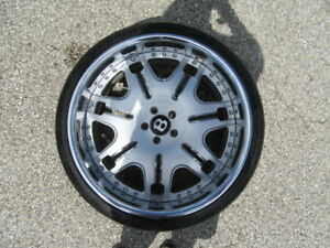 4 Used 22 Inch Gfg Wheels fits Bentley With 4 Used Saffiro Tires