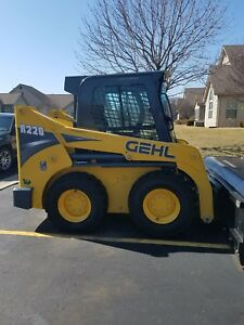 2014 Gehl R220 146 Hours 2 Speed Heat ac stereo Bobcat Case