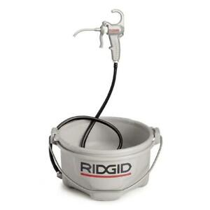 Ridgid 418 Oiler With One Gallon Premium Thread Cutting Oil