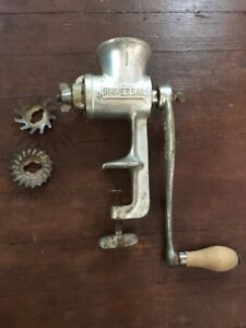 Antique Vintage Universal No 1 Hand Crank Meat Grinder L F C Conn Usa Works Well