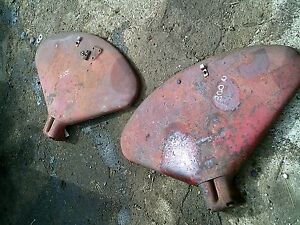 Farmall 300 350 Utility Tractor Original Ih Pair set Of Original Fender Fenders