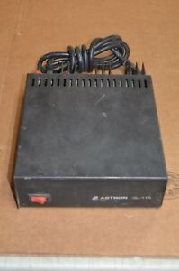 Astron Sl 11a 13 8 Volt Dc Power Supply For Ham Radio Other