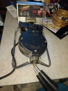 Carbon s Rt p Golden Malted Commercial Grade Waffle Maker Works