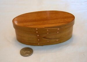 Small Shaker Lap Finger Oval Box Copper Nails