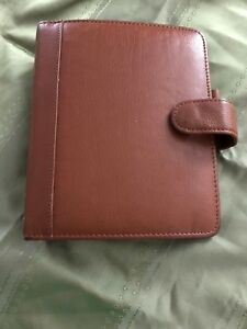 Franklin Covey Quest Compact Full Grain Leather Planner Organizer With Snap