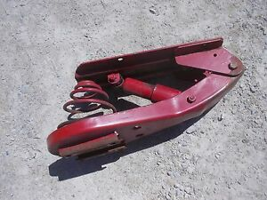 Farmall 300 350 400 450 Tractor Ihc Ih Sc Easy Rider Deluxe Middle Seat Assembly