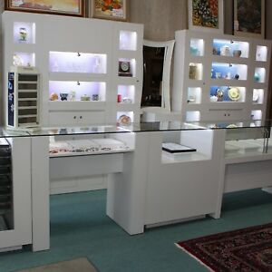 Pandora Jewelry Half Vision And Wall Showcases And Counters Led Lighting Locks
