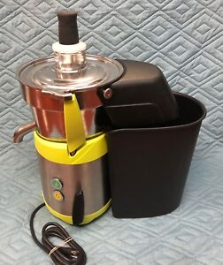 Santos 68 Commercial Juicer With Pulp Bucket 40 Gal hr Mint