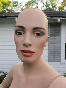 Vintage The Globe Department Store 70 Tall Female Mannequin W Glass Stand