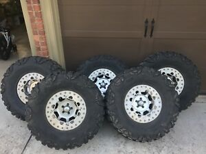 Set Of 5 37x13 5 Nitto Mud Grapplers On 17x8 Trail Ready Bead Locks
