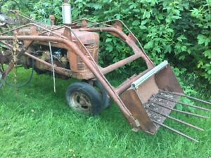 Farmall H Super H 300 350 Ih Tractor Trip Bucket Frontend Front Loader