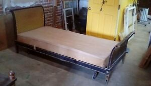 1800 S French Louis Xvi Style Daybed Carved Wood Frame Furniture Antique Beds