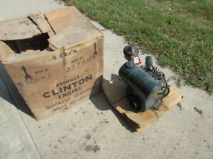 New Old Stock Clinton Motor 4 Cycle Super Rare Find With Original Box