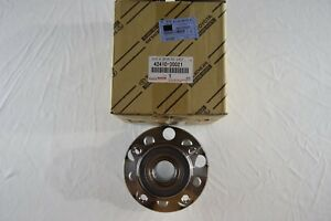 Genuine Lexus Gs300 350 430 450h 460 Is250 350 Rear Bearing Hub 4241030021 Oem