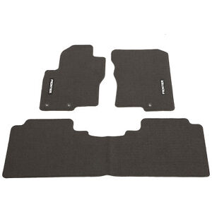 New Oem Nissan Frontier Crew Cab King Cab Carpeted Carpet Charcoal Floor Mats