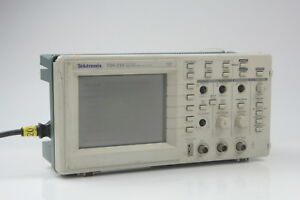 Tektronix Tds210 2ch Digital Real Time Oscilloscope 60mhz 1gs s Tds 210 2