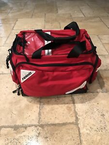 22 Professional Trauma Bag Red Ferno Red