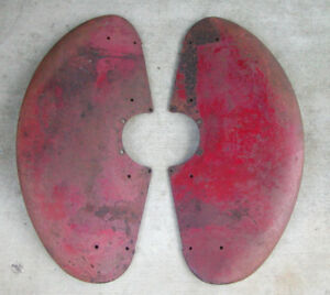 Original Pair 2 Ih International Farmall Cub Lo Boy Tractor Fenders 350961r12