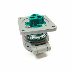 Adr3033 Appleton Pin Sleeve Receptacle 30a 3 wire 3 pole 600vac 250vdc