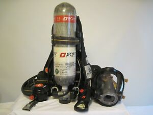 Scott Safety 5 5 Air pak X3 Cylinder Mask new Out Of Box