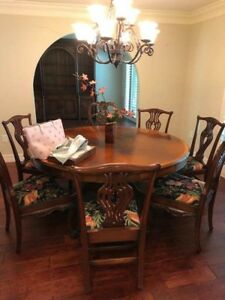Dining Room Table And 7 Chairs Solid Hardwood High End