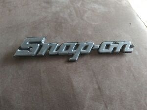 Snap On Tools Toolbox Logo Nameplate Brand With 2 Mounting Clips Collectable