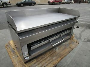 Gas 42 In Flat Griddle Wit Cheese Melter Clean Tested