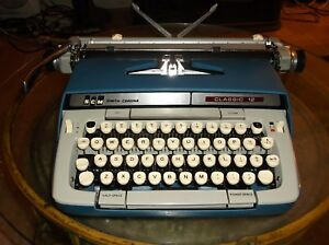 Smith Corona Classic 12 Vintage 1980s Typewriter W Carrying Case Re conditioned