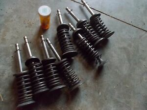 Farmall 400 450 Tractor Ihc Ih Engine Motor Valves Springs Keepers Pieces