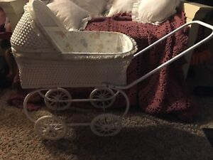 Vintage Wicker Wood Baby Doll Carriage Buggy Collectibles
