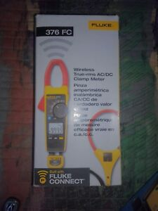 Fluke 376 Fc True rms Ac dc Clamp Meter With Iflex 4695861 Brand New In Box