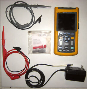 Fluke 124 Industrial Scopemeter 40mhz Dual Channel