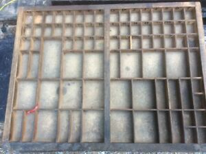 Vintage Wood Printers Tray Type Case! 21.5X16.75 With 82 Space Shadow Box lead