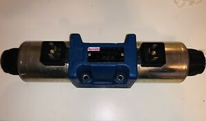 Bosch Rexroth Directional Control Valve R901278781 With R901258093 24vdc