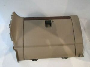Glove Box 02 Isuzu Trooper R203033