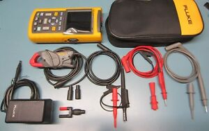Fluke 125 Industrial Scopemeter 40mhz Bus Health Analyzer Probes Clamp Nice