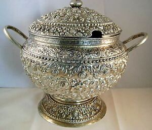 Sterling Silver Hammered Chased Repousse Covered Soup Tureen Punch Bowl