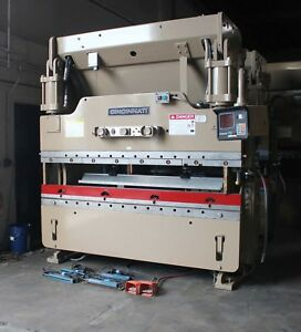 90 Ton X 8 Cincinnati Cnc Hydraulic Press Brake 2 Axis Cnc Hurco Metal Bender