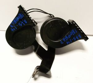 2014 Cadillac Ats High And Low Tone Horn Set Oem