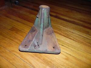 John Deere No 5 Sickle Mower Rear Tail Wheel Bracket Casting Mount Jd Z993h