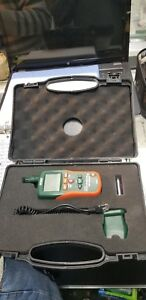 Extech M0290 8 in 1 Pinless Moisture Meter And Ir Thermometer Orange green