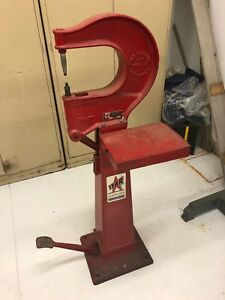 Star Machine Tool Floor Standing Rivet Foot Press Model 38lc