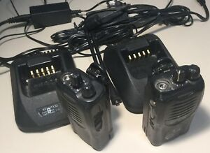 2x Pair Kenwood Tk 3160 Uhf Portable Two Way Radio W Chargers Working