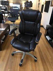 Brown Realspace Mfmc400 Bonded leather Multifunction Managerial Office Chair