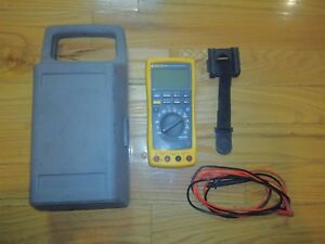 Fluke 189 Multimeter Bundle Leads Hard Case Magnetic Clip Good Condition Tested