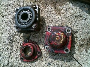 Massey Harris 33 Tractor Mh Rear Transmission Top Bottom Shaft Bearing Covers